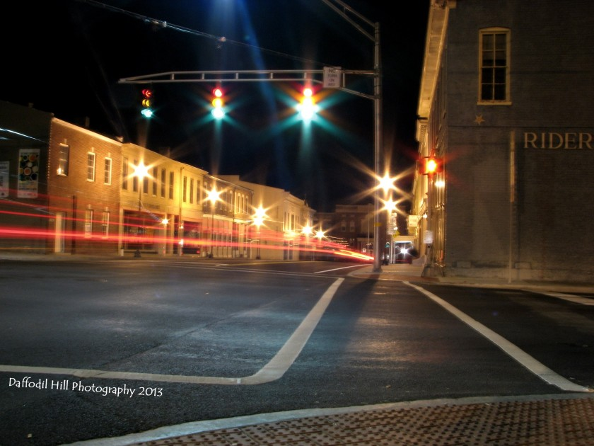 I took this with my anon Powershot S3is. Notice that all the light on the stop lights are lit?